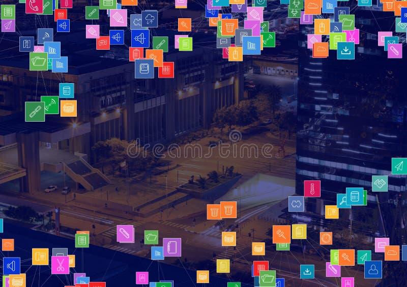 Città di notte con i connettori fotografia stock