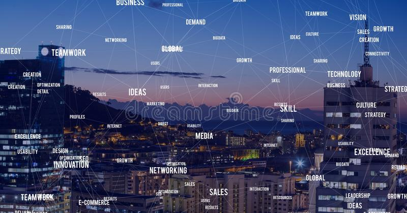 Città di notte con i connettori fotografia stock libera da diritti