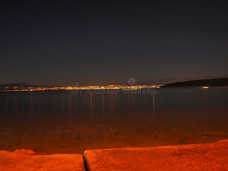 Città di notte in Croazia fotografia stock libera da diritti