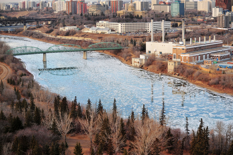 Download Città Edmonton fotografia stock. Immagine di congelato - 7311528