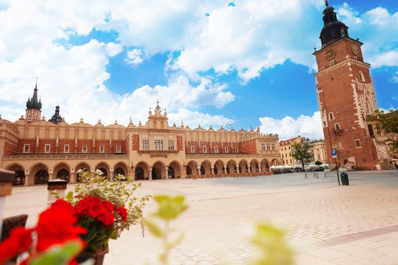 Città Hall Tower su Rynek Glowny a Cracovia immagini stock libere da diritti