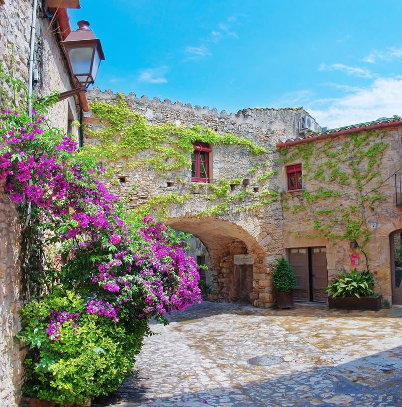 Città medievale Peratallada, Spagna immagine stock libera da diritti