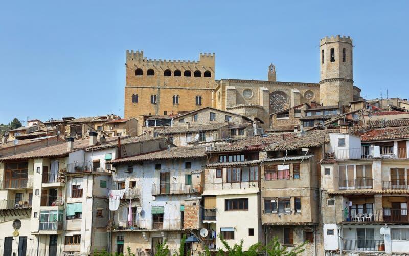 Città medievale Valderrobres nell'Aragona, Spagna fotografie stock