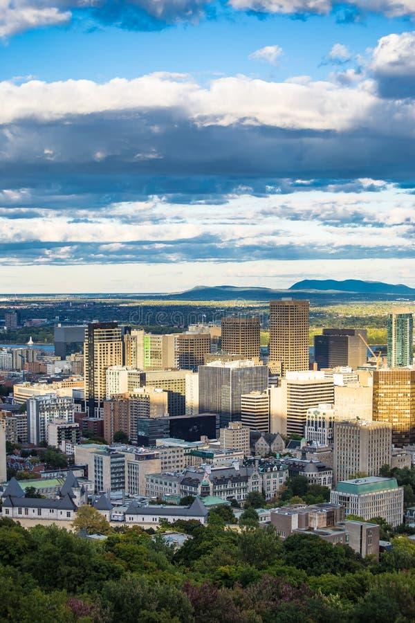 Città Montreal Quebec Canada di giorno soleggiato fotografie stock libere da diritti