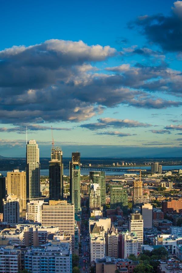 Città Montreal Quebec Canada di giorno soleggiato immagini stock