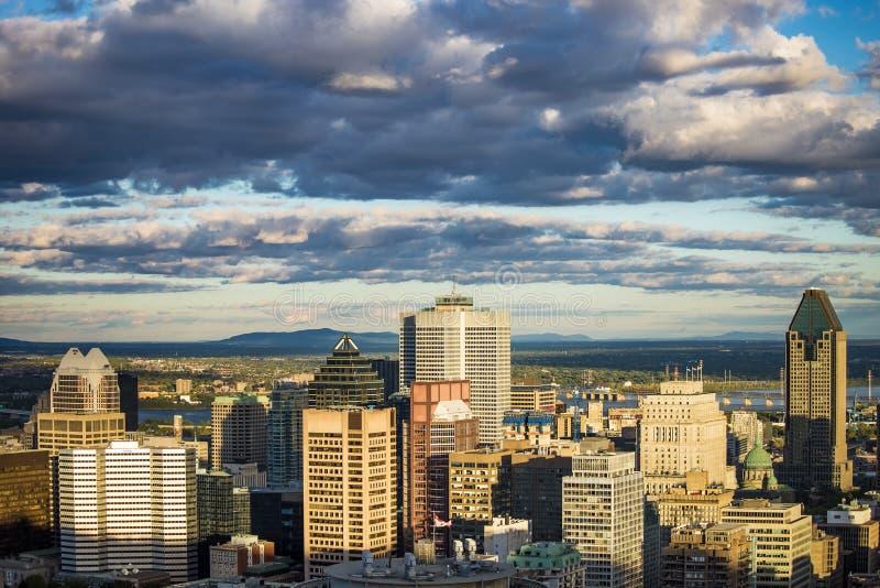 Città Montreal Quebec Canada di giorno soleggiato immagini stock libere da diritti