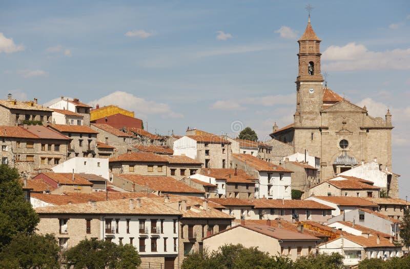Città pittoresca in Spagna Case e cattedrale antiche Orihuel fotografie stock