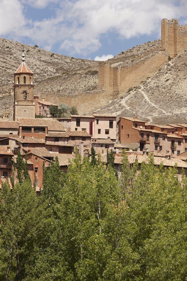 Città pittoresca in Spagna Cattedrale e fortezza antica Albar fotografia stock libera da diritti