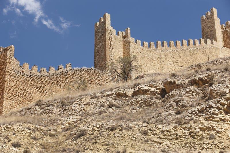 Città pittoresca in Spagna Parete di difesa Albarracin Teruel fotografia stock libera da diritti