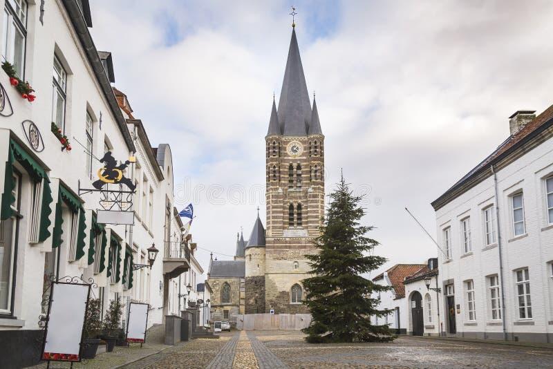 Città storica della spina conosciuta per le sue case bianche immagini stock