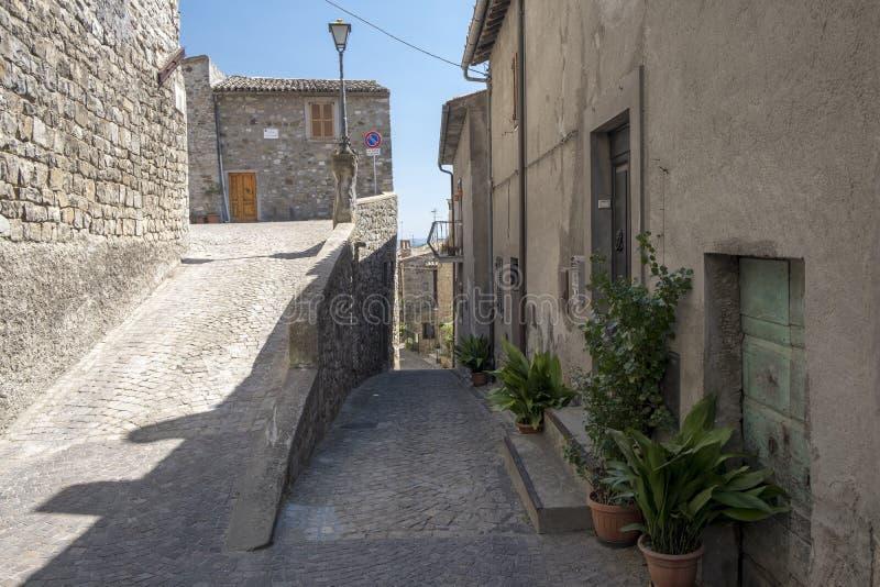 Città storica di Baschi Umbria, Italia fotografie stock