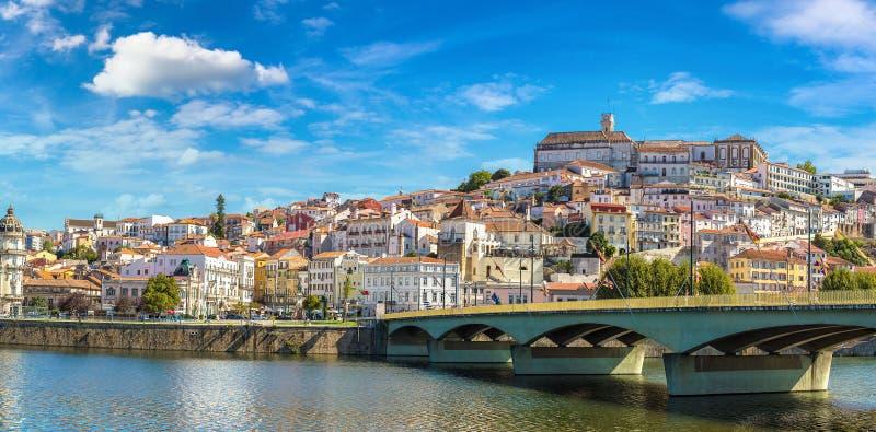 Città vecchia di Coimbra, Portogallo immagini stock libere da diritti