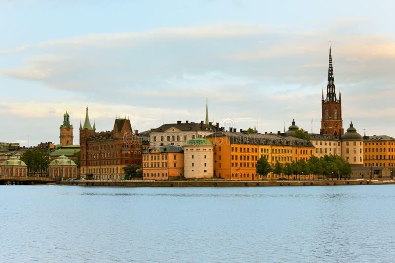 Città Vecchia di Stoccolma in prima serata fotografia stock libera da diritti