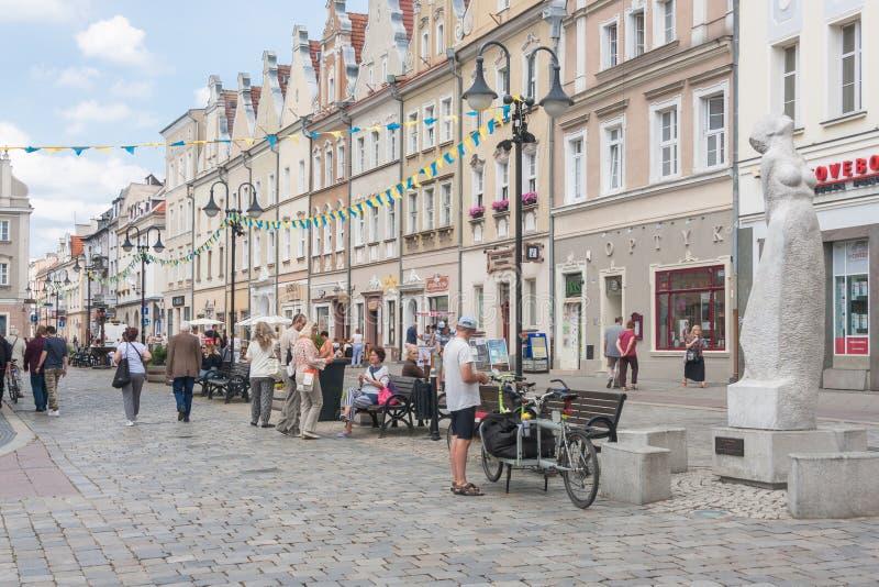 Città Vecchia in Opole, facciata orientale è il viale delle stelle polacche di canzone fotografia stock