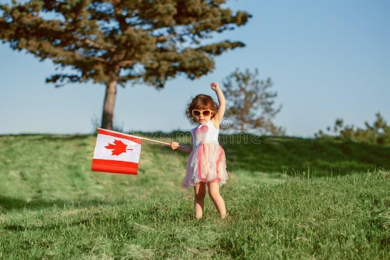 Cittadino del bambino del bambino che celebra giorno del Canada sul primo luglio fotografia stock