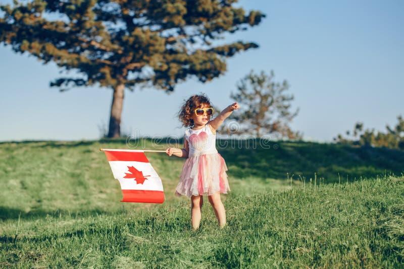 Cittadino del bambino del bambino che celebra giorno del Canada sul primo luglio immagine stock