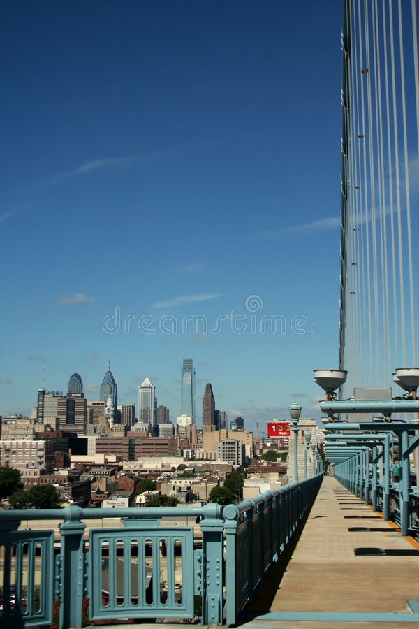 Free City Bridge View Royalty Free Stock Photos - 6157668