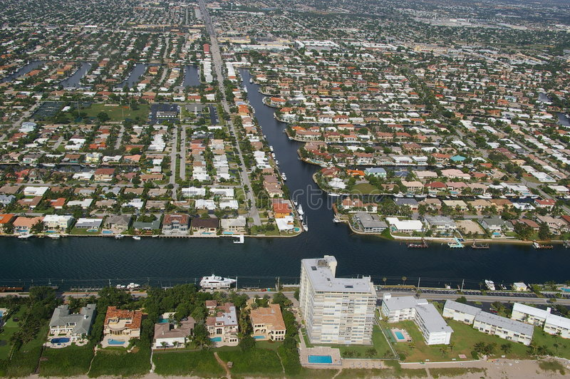 Download City Of Deerfield Beach And Intracoastal Royalty Free Stock Photography - Image: 7210637
