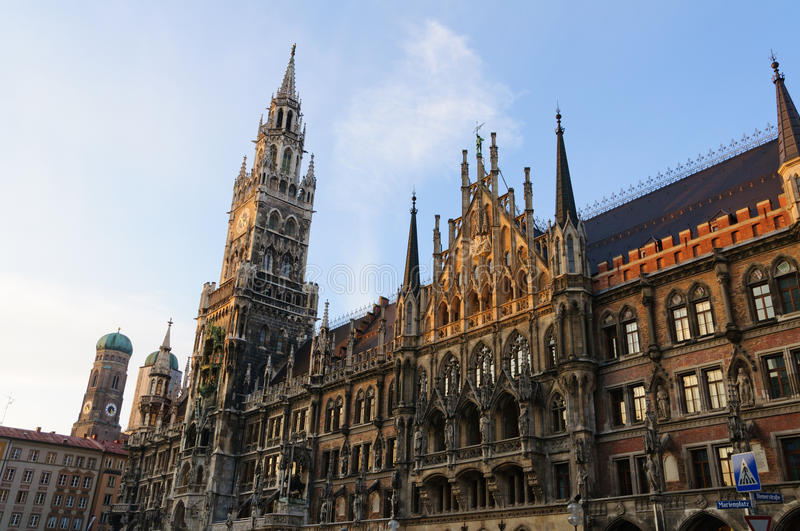 Download City Hall And Frauenkirche In Munich, Germany Royalty Free Stock Photo - Image: 23653715