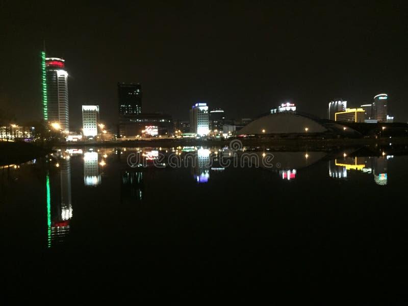 city lights στοκ φωτογραφία με δικαίωμα ελεύθερης χρήσης