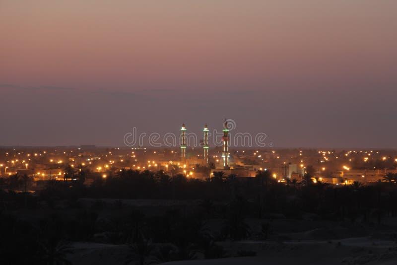City& x27; luces de s imagenes de archivo