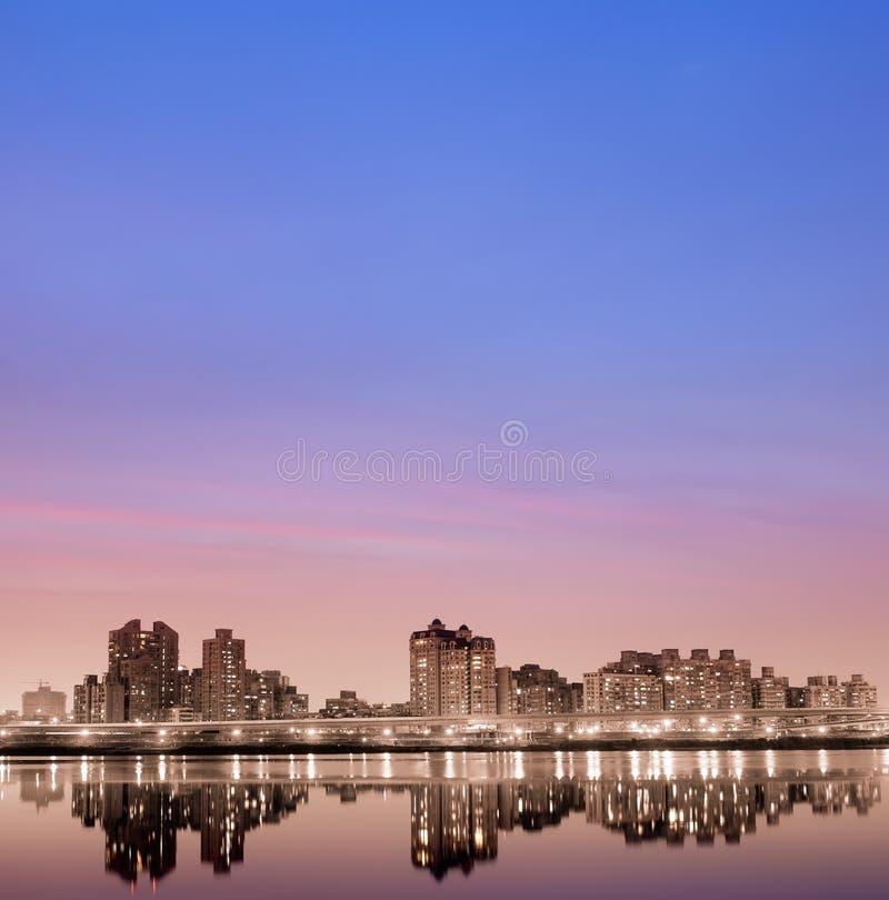 Free City Night With Orange Light Stock Images - 8884464