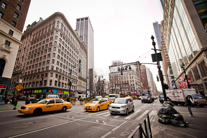 City Streetlife On 6th Avenue In New York Editorial Photo