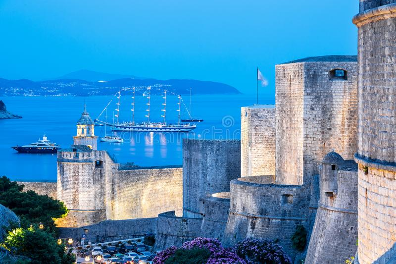 The city wall in the evening in Dubrovnik royalty free stock photography