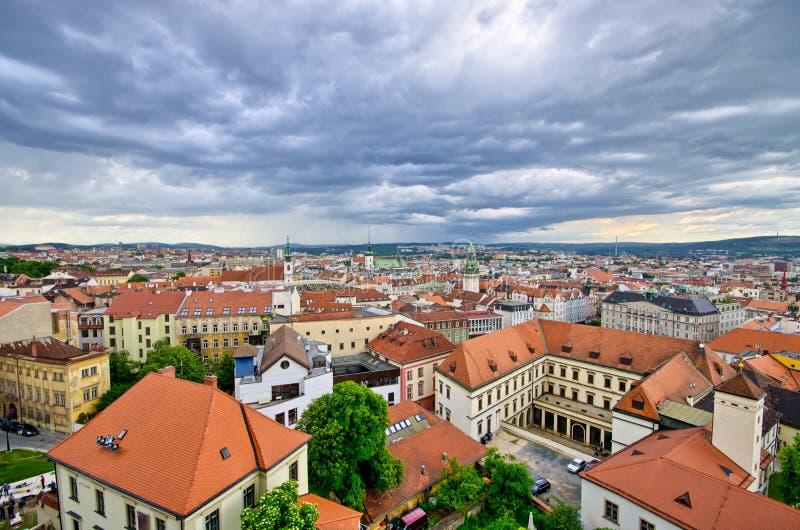 Cityscape av Brno, Tjeckien fotografering för bildbyråer