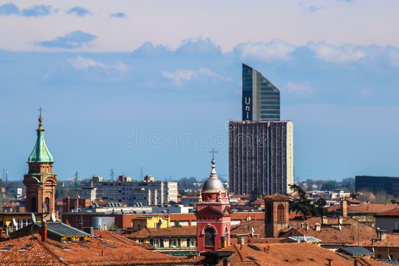 Cityscape av den gamla staden för Bologna arkivbild
