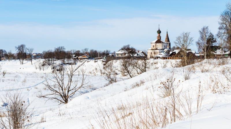 cityscape av den Suzdal staden med helgedomkorskyrkan arkivfoton