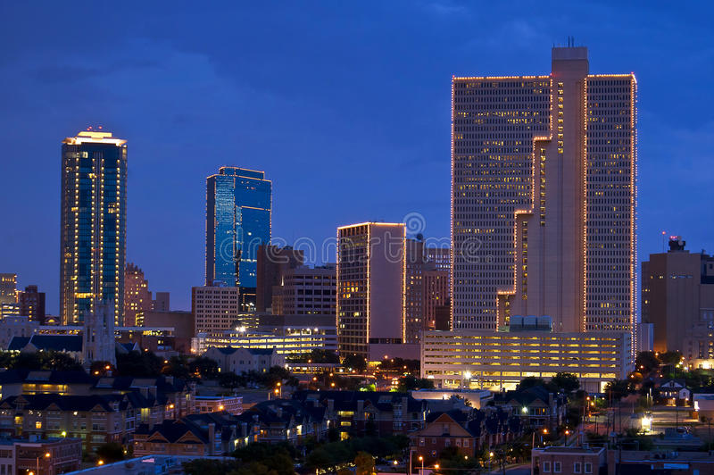 Cityscape av Fort Worth Texas på natten royaltyfri fotografi