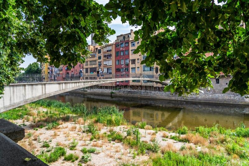 Cityscape av Girona i Catalonia, Spanien arkivbilder