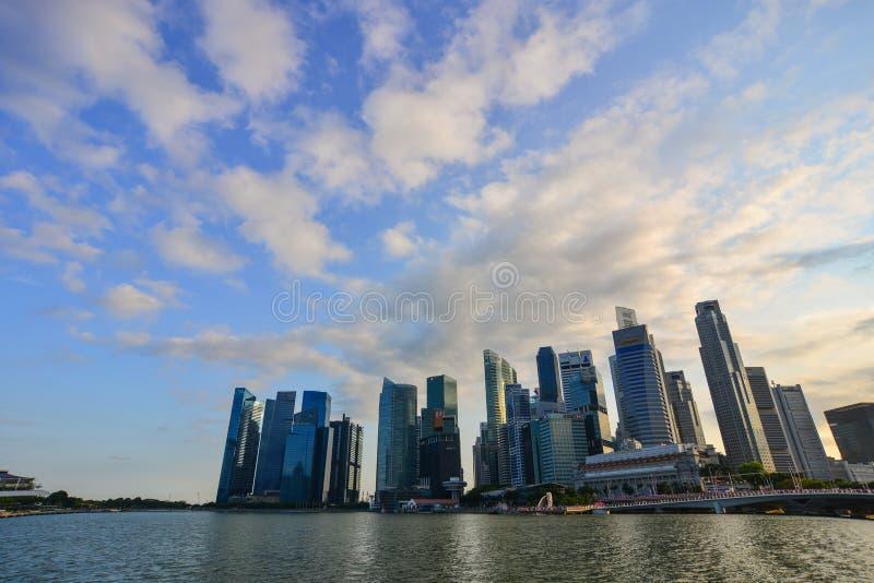 Cityscape av Marina Bay i Singapore royaltyfri fotografi