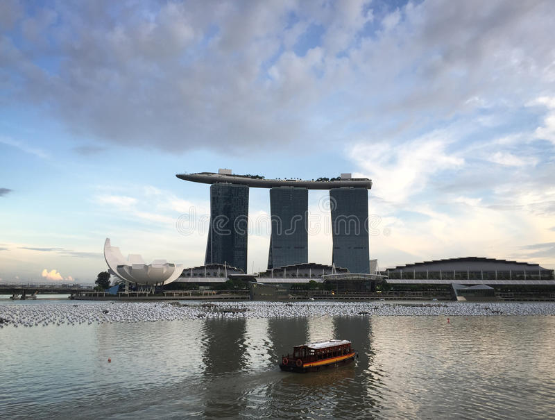 Cityscape av Marina Bay i Singapore royaltyfri bild