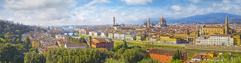 Cityscape Florence för flyg- sikt Panoramasikt från Michelangelo parkfyrkant royaltyfri fotografi