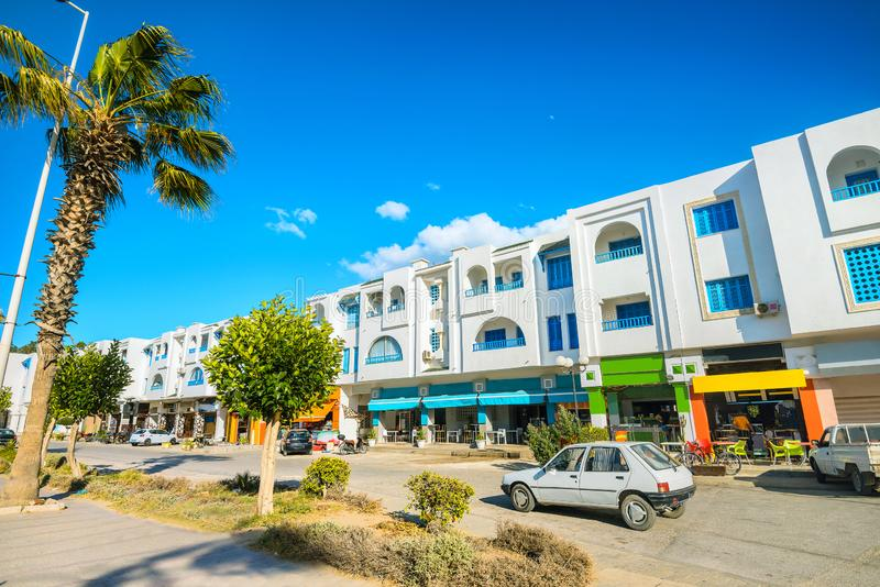 Cityscape med moderna hus i stadsdelen Nabeul Tunisien, Nordafrika arkivbilder