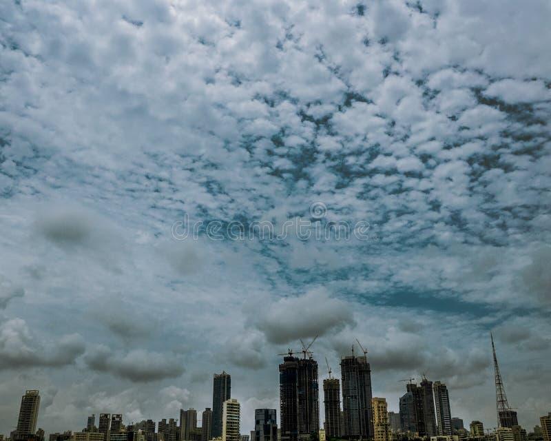 cityscape Mumbai-Stadt an einem bewölkten Tag!! stockbilder