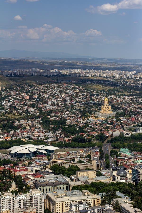Cityscape of Tbilisi, Georgien royaltyfria foton