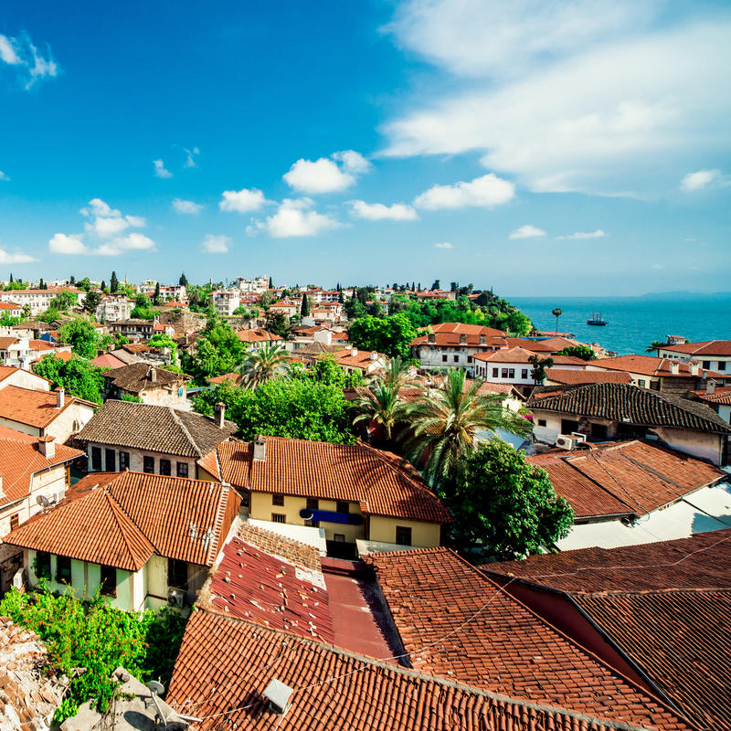 Cityscape van Alanya Turkse toevlucht stock afbeelding