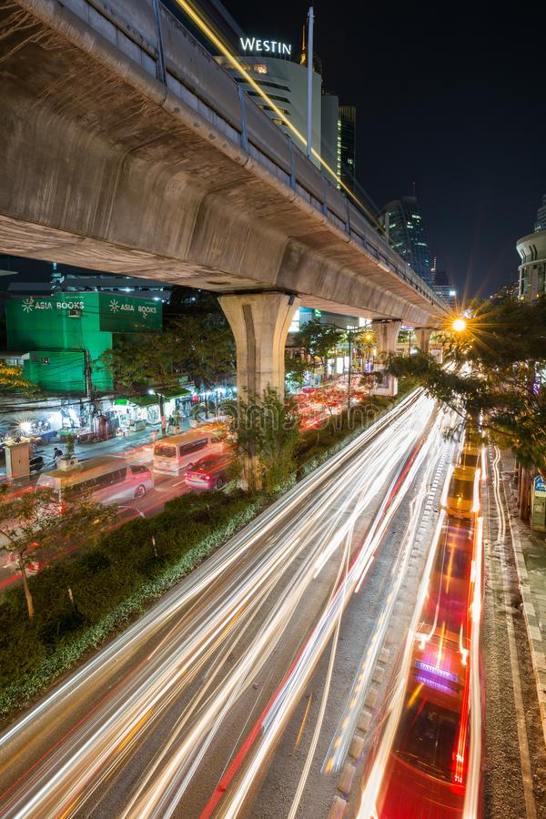 Cityscape van Bangkok bij nacht royalty-vrije stock foto