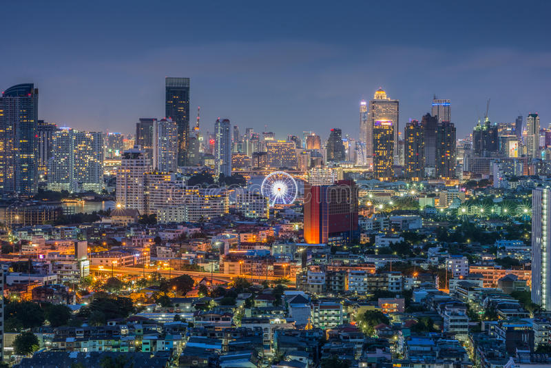 Cityscape van Bangkok Thailand, Reuzenrad stock fotografie