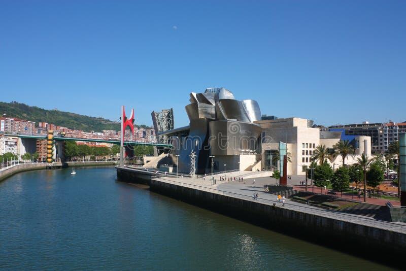Cityscape van Bilbao. het museum Guggenheim royalty-vrije stock foto's
