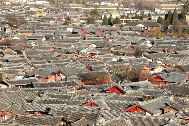 Cityscape van Chinese traditionele stad, Lijiang, Yunnan, China stock afbeeldingen