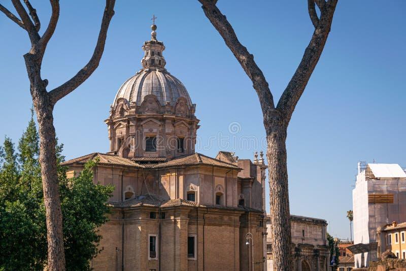 Cityscape van de architectuur van Rome in zonnige dag stock foto's
