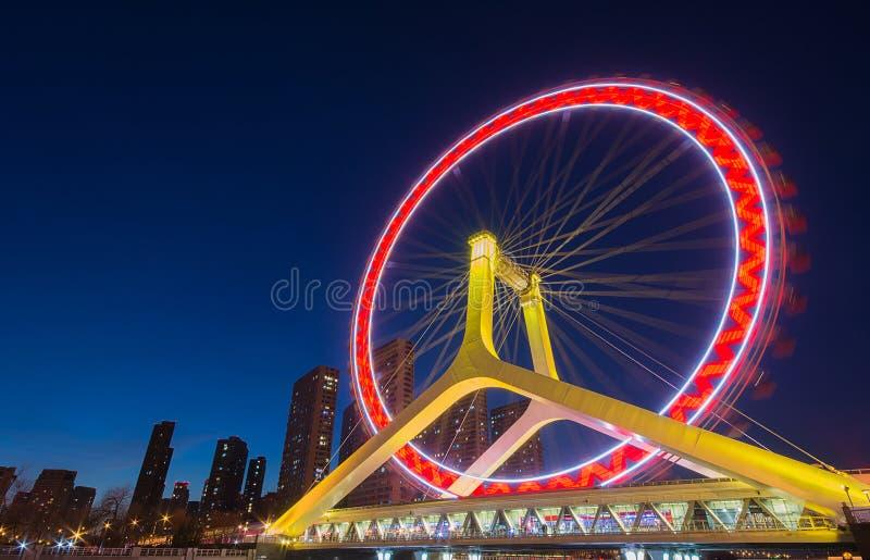 Cityscape van de nachtscène van Tianjin-ferriswiel, Tianjin-oog met D stock foto