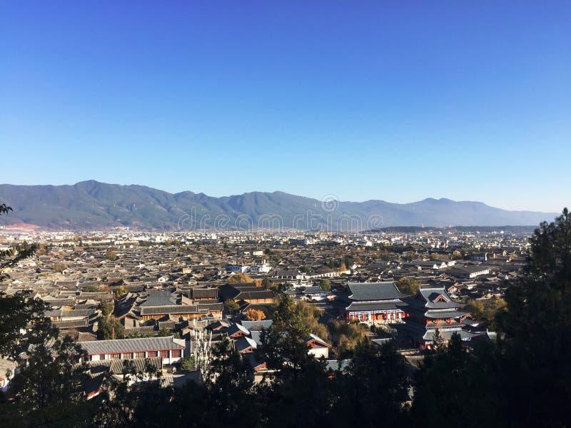 Cityscape van de Oude Stad van Lijiang stock foto's