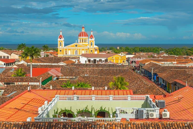 Cityscape van de Stad van Granada bij Zonsondergang, Nicaragua royalty-vrije stock fotografie