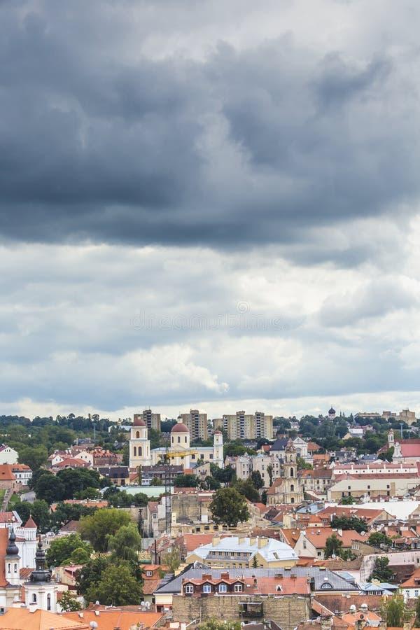 Cityscape van de Vilnius oude stad, Litouwen stock foto