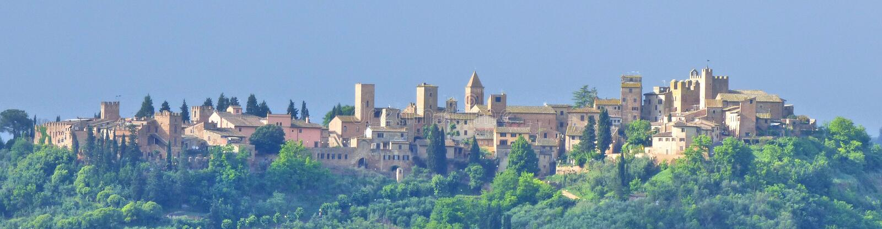 Cityscape van een Italiaanse Hilltown stock foto